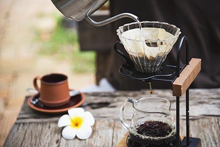Cách cải thiện giấc ngủ đơn giản nhất đó là không uống cà phê vào cuối ngày